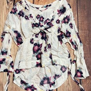 Free People Floral tunic size medium